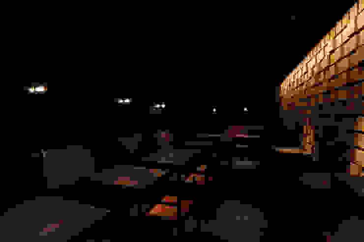 BUNON モダンな 壁&床 の mattch モダン