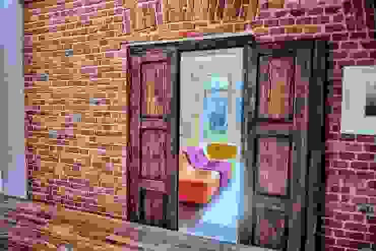 Puertas y ventanas modernas de REFORM Konrad Grodziński Moderno