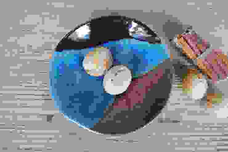 Ayşe Şakarcan Ceramics – 3 Renkli Tabak: modern tarz , Modern