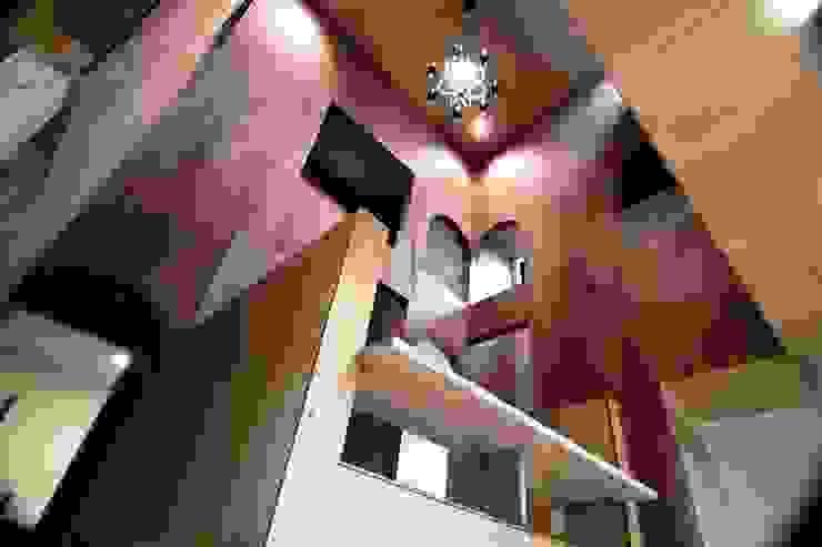 Ik-house ミニマルデザインの 多目的室 の AtelierorB ミニマル 合板(ベニヤ板)