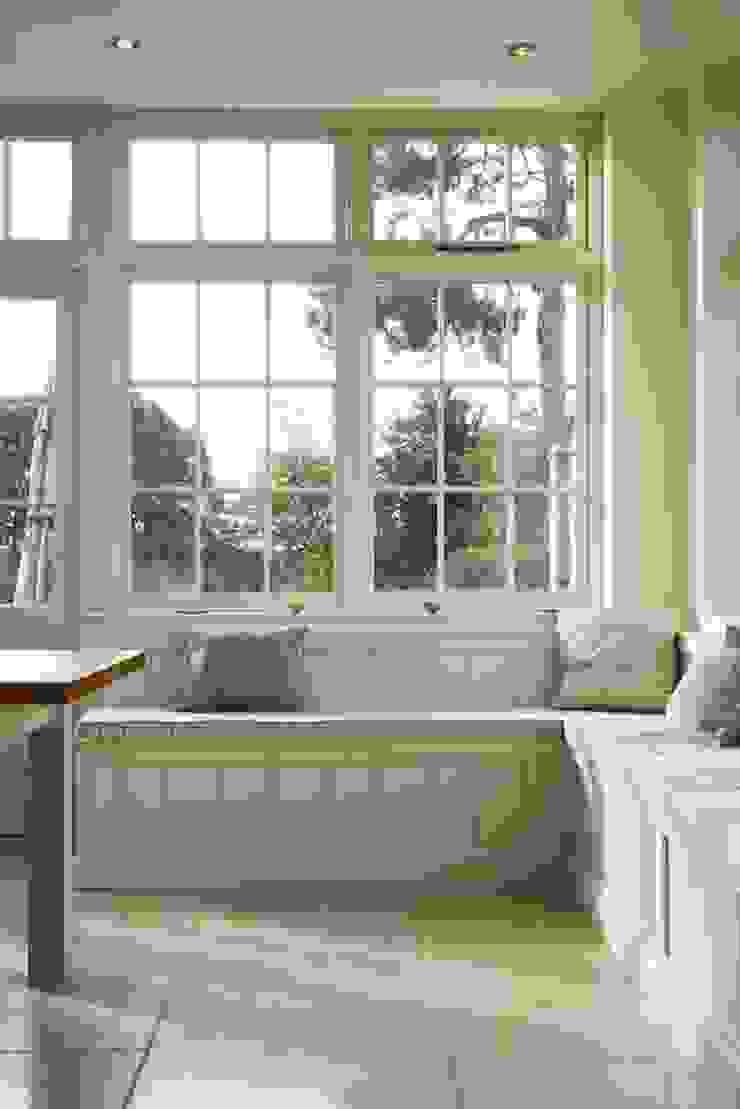 Dijon Tumbled Limestone - Window Seat Classic style kitchen by Floors of Stone Ltd Classic