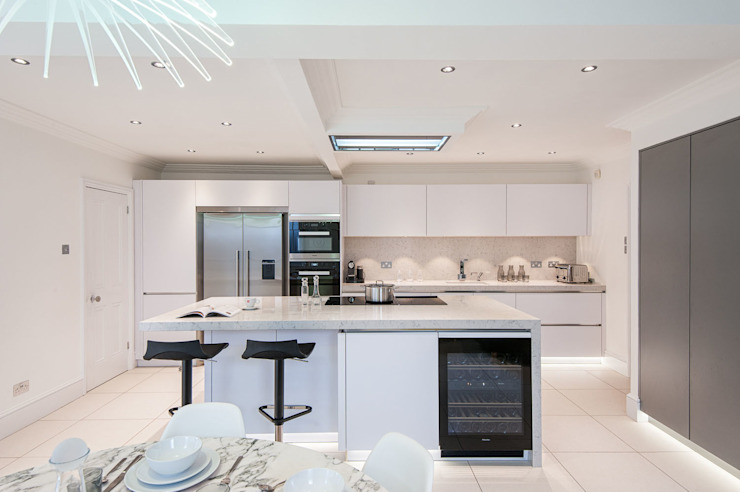 Urban Life kitchen - Buckhurst Hill Modern Kitchen by Urban Myth Modern
