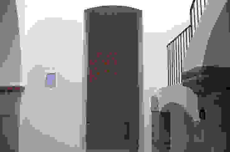 raffaele iandolo architetto 现代客厅設計點子、靈感 & 圖片