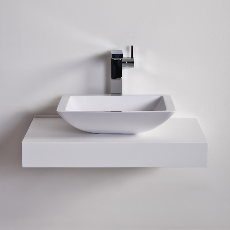 Lusso Stone Quadrato Square Solid surface stone resin counter top basin 425 di Lusso Stone Moderno