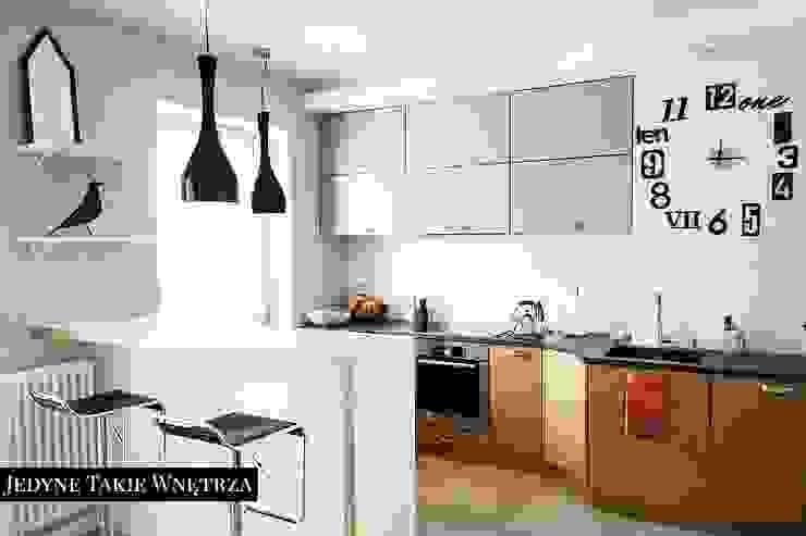 Scandinavian style kitchen by JedyneTakieWnętrza Scandinavian