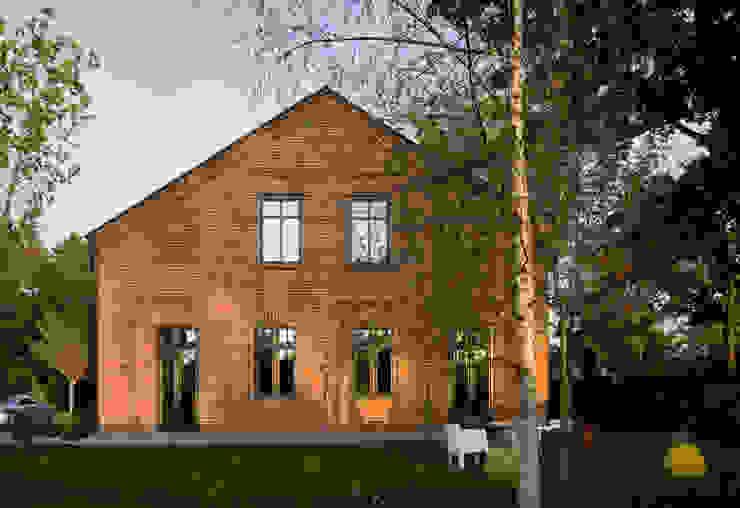 Casas de estilo  por REFORM Konrad Grodziński, Moderno