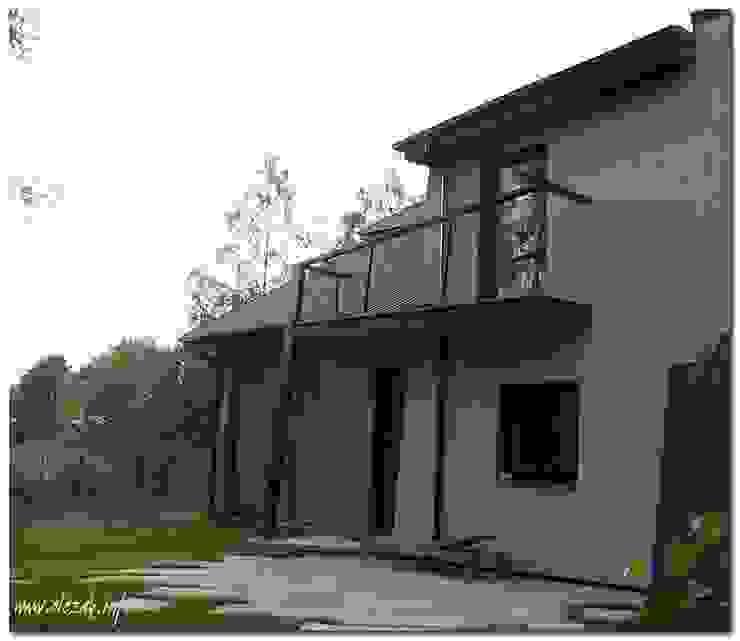 Dom jednorodzinny w Prażmowie od OPS Architekt Maciej Olczak Nowoczesny