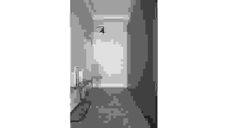 Minimalist corridor, hallway & stairs by Onlydesign Minimalist