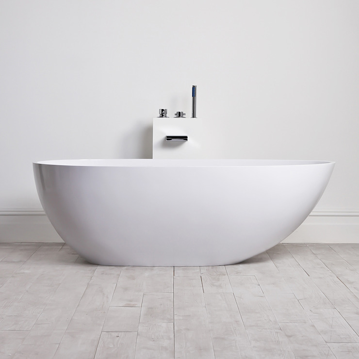 Lusso Stone Egg Shell Solid Surface Freestanding Stone Resin Bath 1700: minimalist  by Lusso Stone, Minimalist
