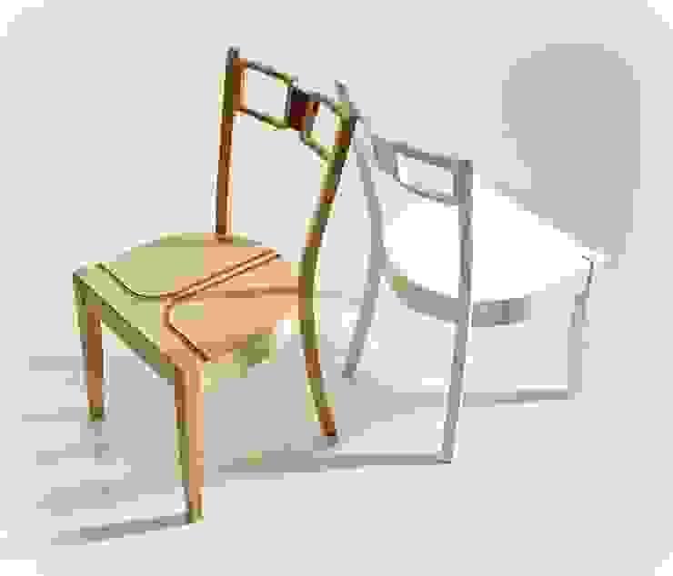 Krzesła z eleganckimi frezowaniami od Marcin Skubisz Group Klasyczny