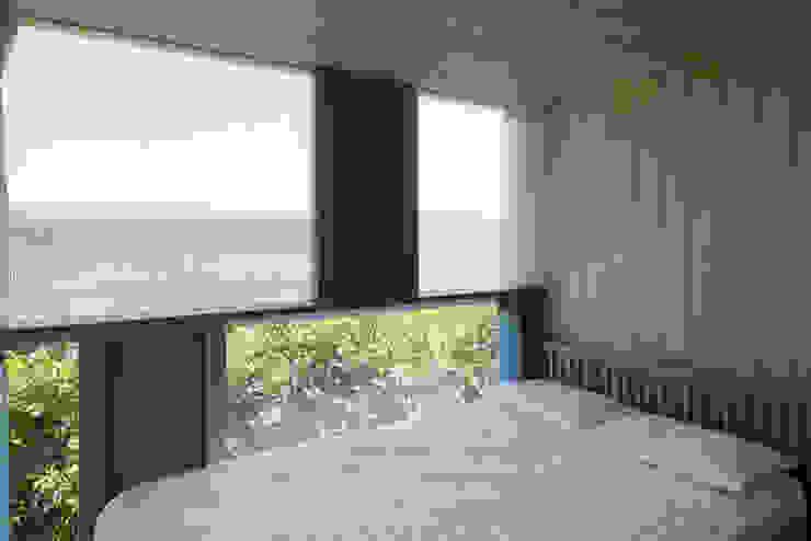 Bed room ihrmk Modern style bedroom