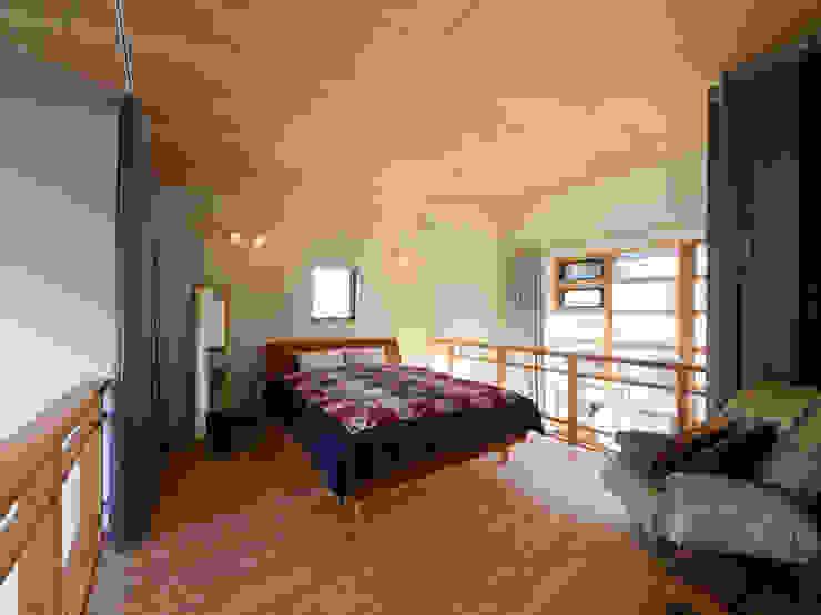寝室 オリジナルスタイルの 寝室 の Far East Design Labo オリジナル