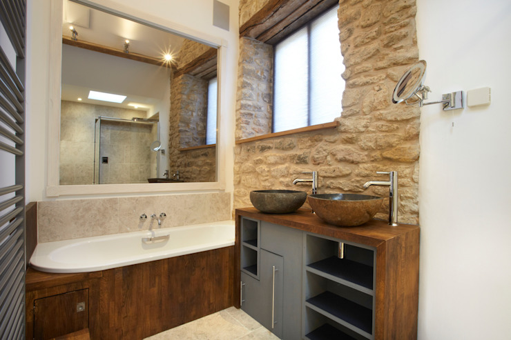 Cosy bathroom Casas de banho campestres por Hart Design and Construction Campestre