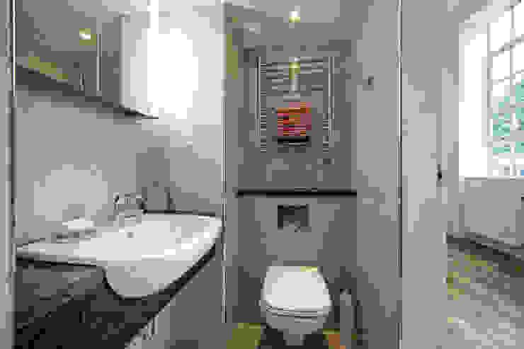 Student Accommodation—SW10 Modern bathroom by Ceetoo Architects Modern