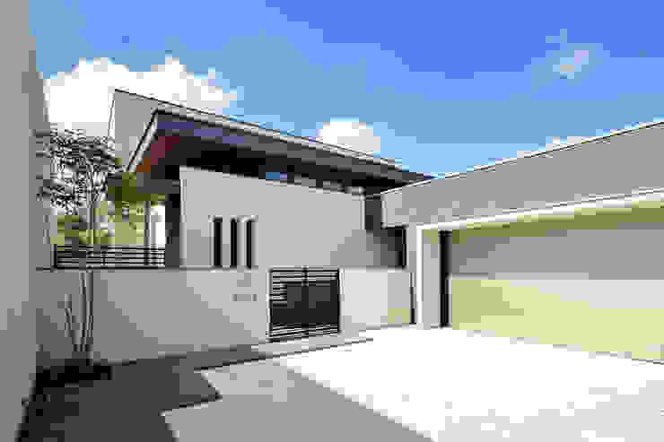 Rumah Modern Oleh H建築スタジオ Modern