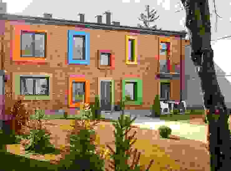 Dom Senatorska: styl , w kategorii Domy zaprojektowany przez REFORM Konrad Grodziński,Nowoczesny