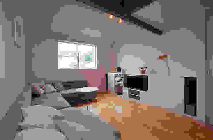 ホームシアターのあるリビング 北欧デザインの リビング の ジェイ石田アソシエイツ 北欧