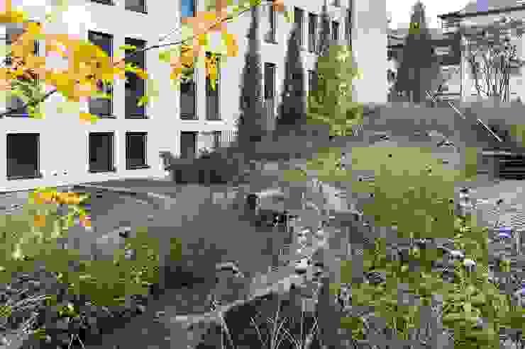 GartenLandschaft Berg & Co. GmbH Office buildings
