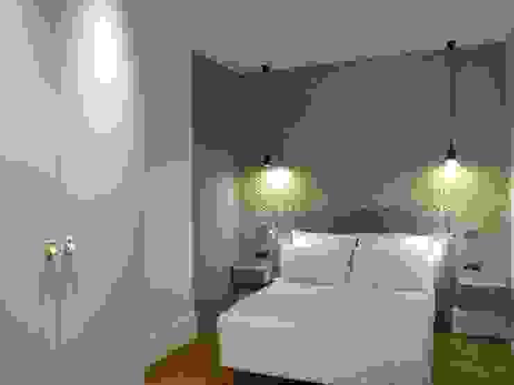 Rénovation d'un appartement à Lyon02/ Bellecour Modern style bedroom by Pepper Butter Modern