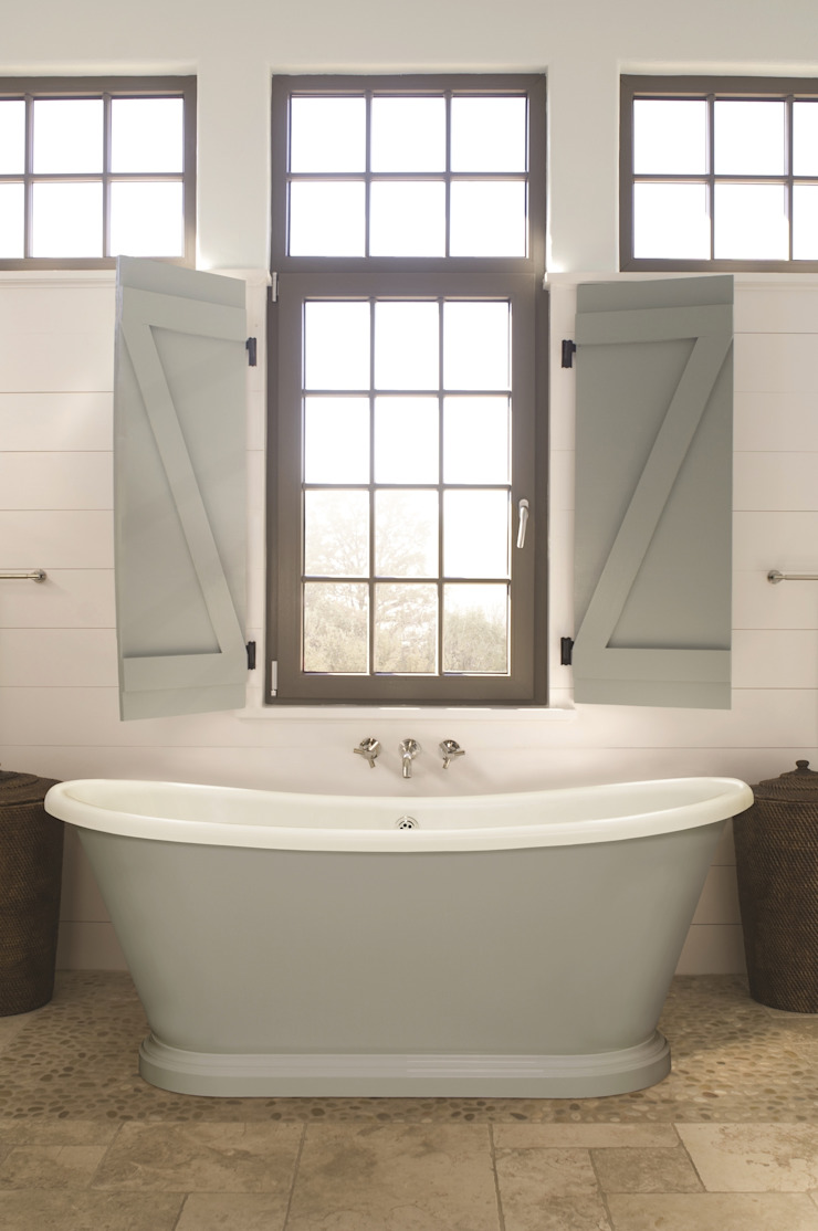 Small Acrylic Boat Bath: country  by BC Designs, Country