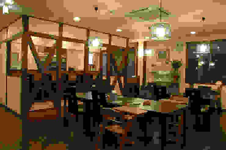 IDEAL アジア風レストラン の 株式会社IDEAL建築設計研究所 和風