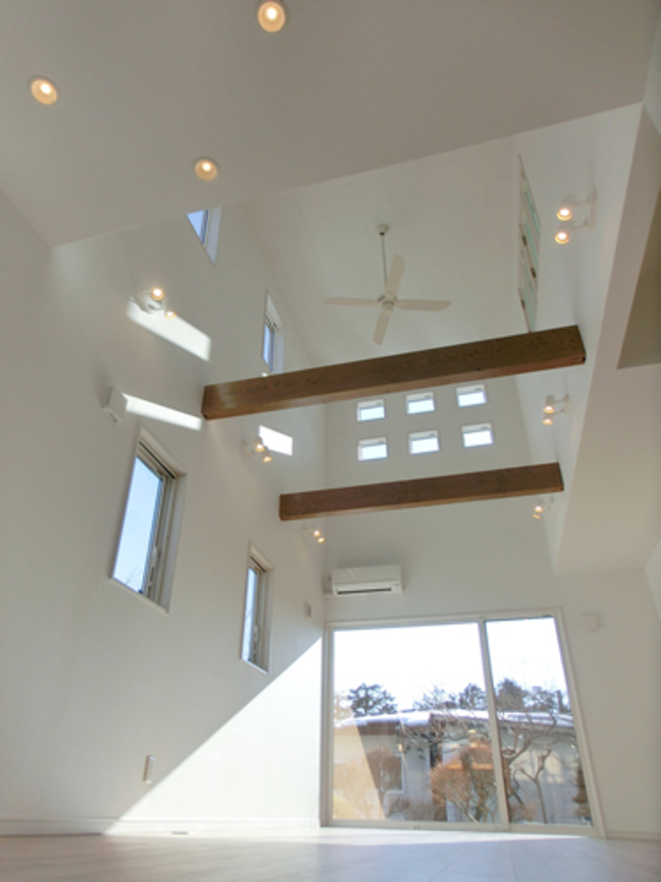 IDEAL モダンデザインの リビング の 株式会社IDEAL建築設計研究所 モダン