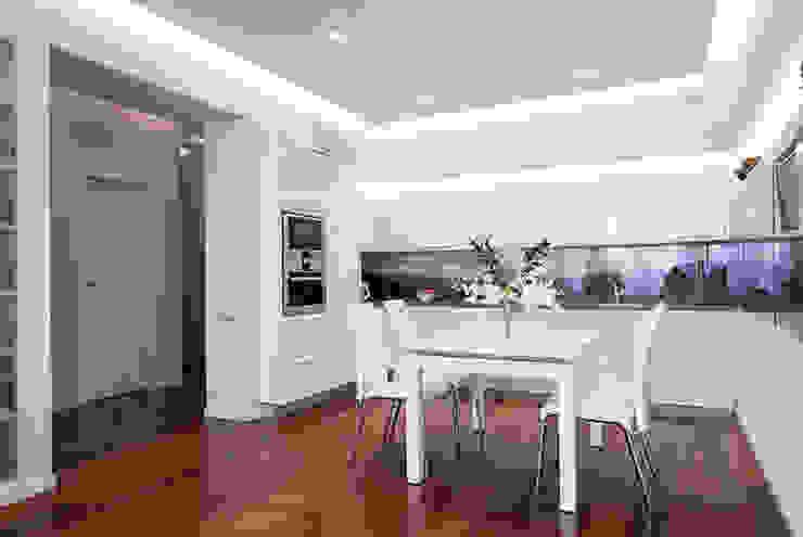 Достичь вершин Кухня в стиле минимализм от D&T Architects Минимализм