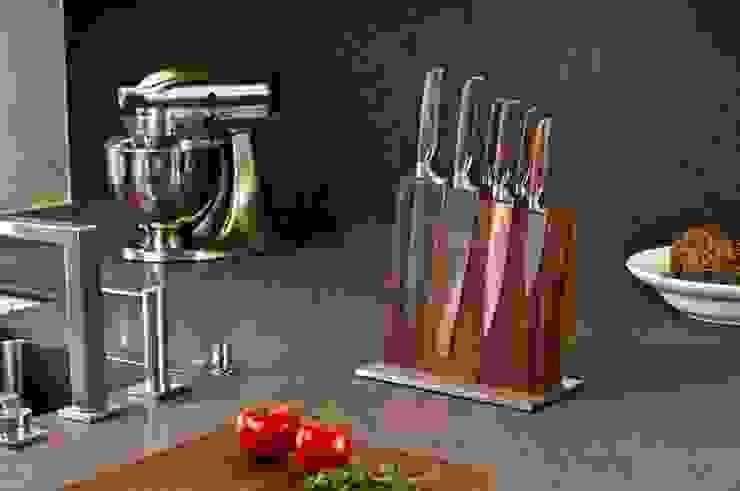 Modern kitchen by klotzaufklotz Modern