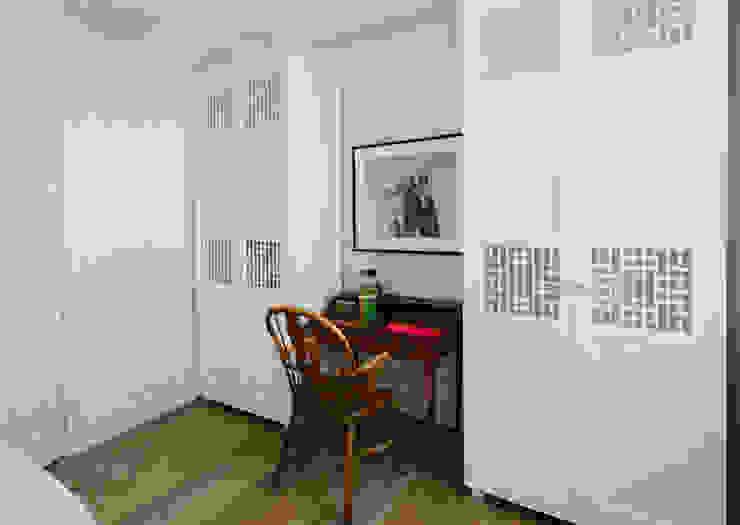 Vivienda zona Justicia, Madrid Dormitorios de estilo clásico de nimú equipo de diseño Clásico
