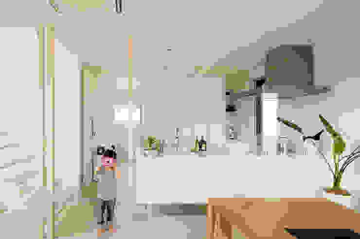 H建築スタジオ Cocinas de estilo moderno