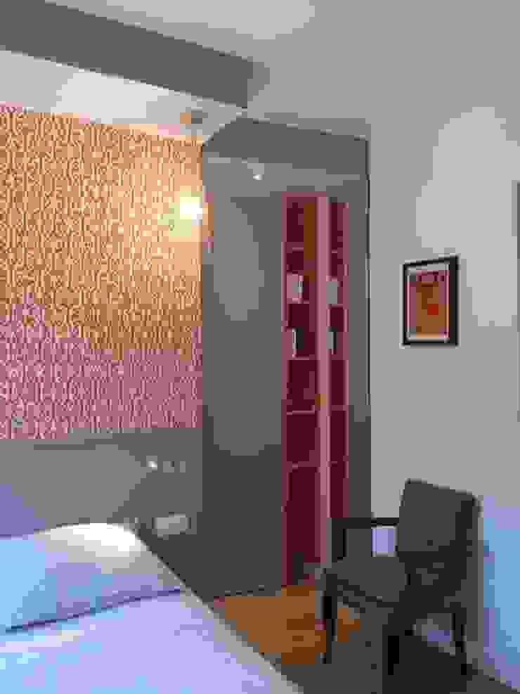 Rénovation chambre sur les quais de Lyon Modern style bedroom by Pepper Butter Modern