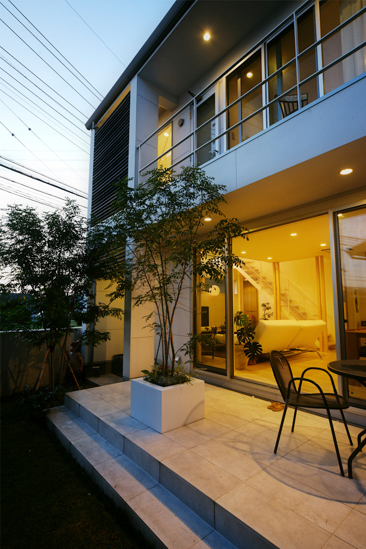 H建築スタジオ Jardines de estilo moderno