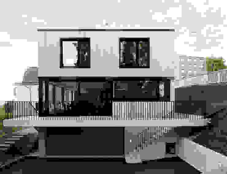 โดย Andreas Müller Architekten โมเดิร์น