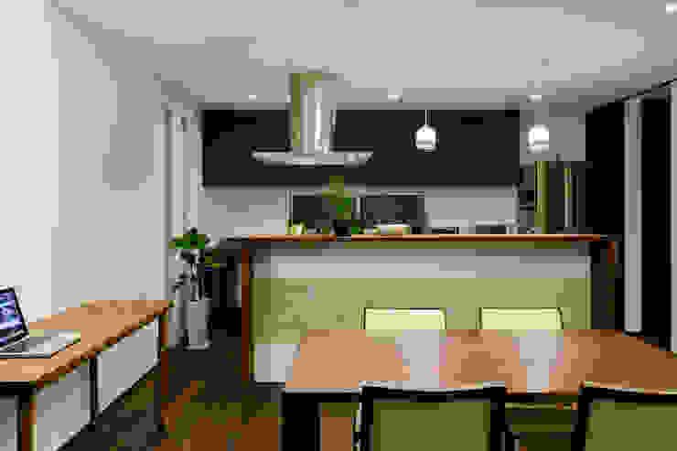 H建築スタジオ Modern dining room