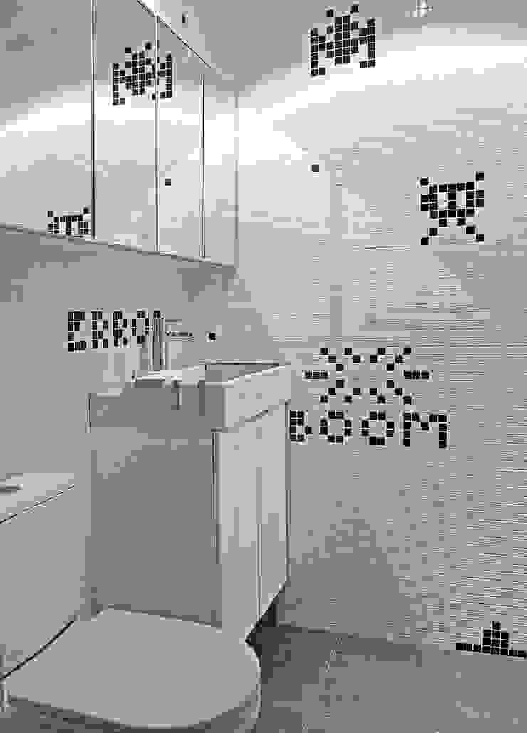 OneByNine Modern bathroom