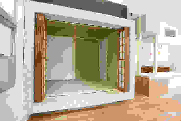 Bedroom by 戸田晃建築設計事務所, Asian