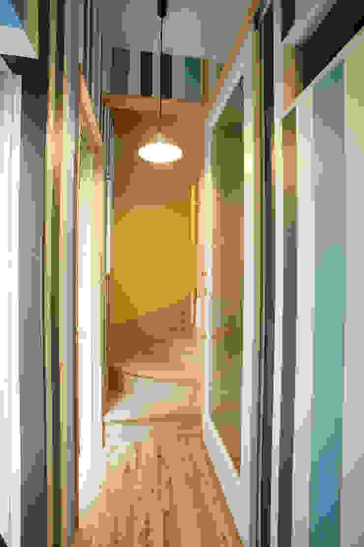もう一つの玄関 カントリースタイルの 玄関&廊下&階段 の 戸田晃建築設計事務所 カントリー