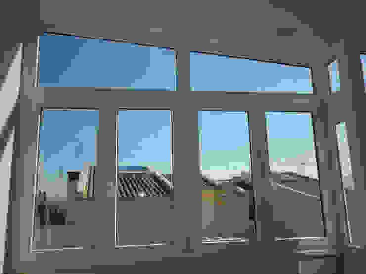 Ventanas de aluminio y ventanas de PVC de Central Multiservicios Moderno