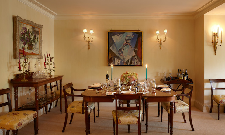 The Dining area of the Living Room. Classic style dining room by Meltons Classic