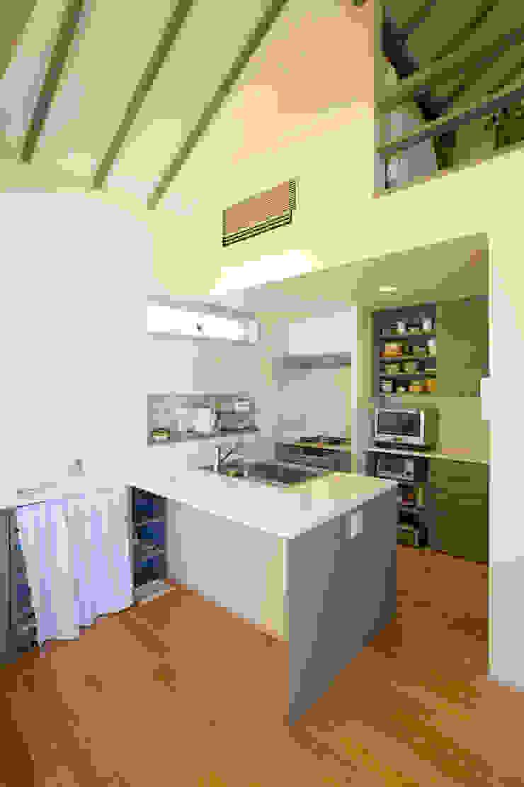 メロディーが囁く家 オリジナルデザインの キッチン の ジェイ石田アソシエイツ オリジナル