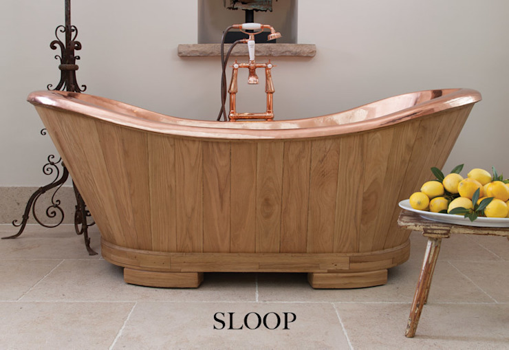 The Sloop Copper bath clad in Oak Hurlingham Baths Kamar Mandi Gaya Eklektik