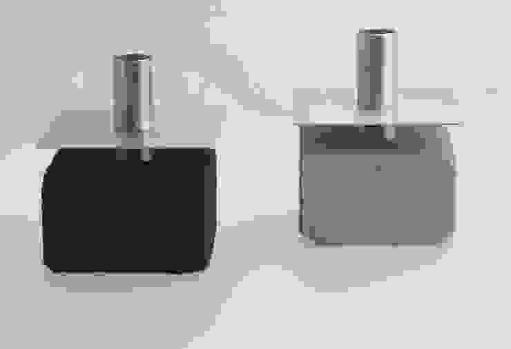 keikandelaars: modern  door Studio van Eldik, Modern