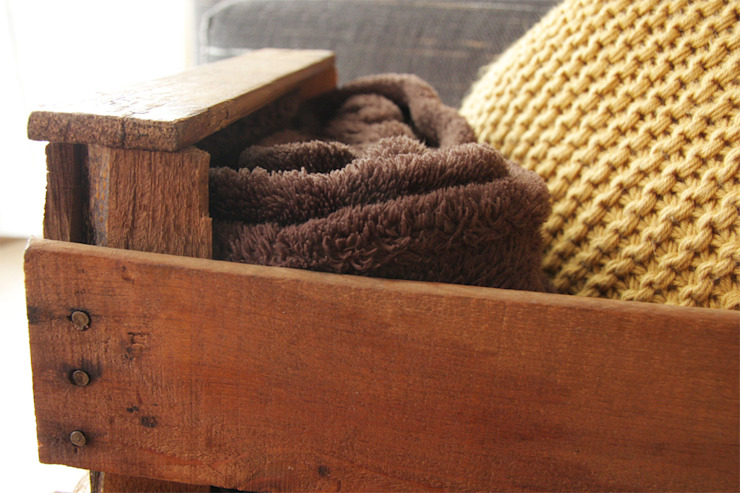 EUCALIPTO revistero cajas fruta de ECOdECO Mobiliario Rústico