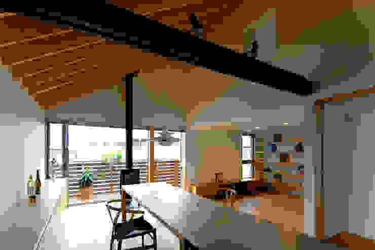 鎌倉の家 望月建築アトリエ 和風デザインの ダイニング
