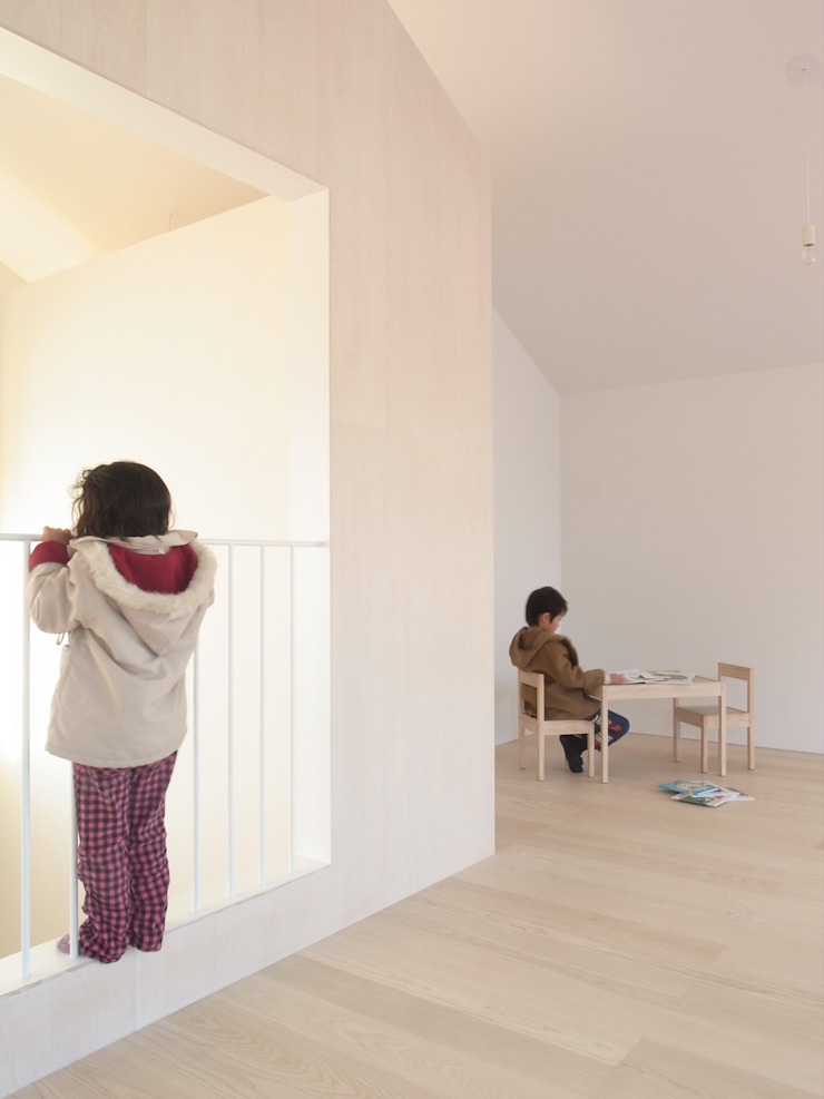 ROOM ミニマルスタイルの 子供部屋 の YUCCA design ミニマル