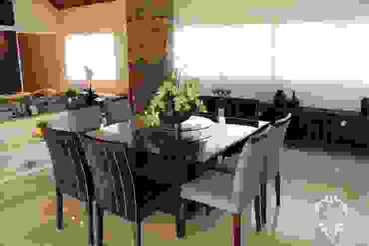 RESIDÊNCIA DB Salas de jantar modernas por Apê 102 Arquitetura Moderno