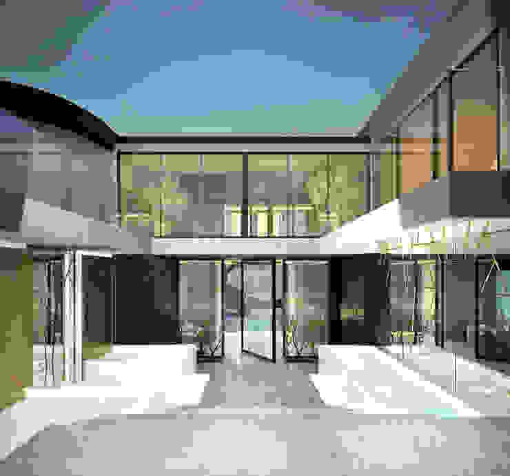 Bowmont Residence, LA, USA Дома в эклектичном стиле от Anton Neumark Эклектичный