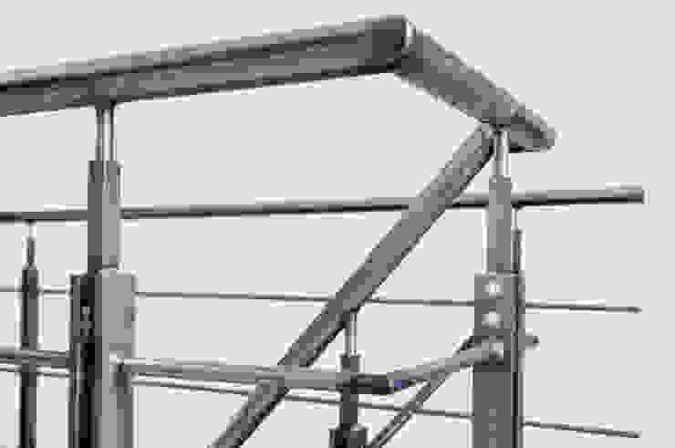 Коридор, прихожая и лестница в стиле лофт от Kodde Architecten bna Лофт