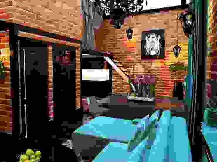 Квартира в стиле LOFT в Москве Гостиная в стиле лофт от Anna Vladimirova Лофт