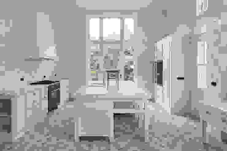 Кухня в классическом стиле от Kodde Architecten bna Классический